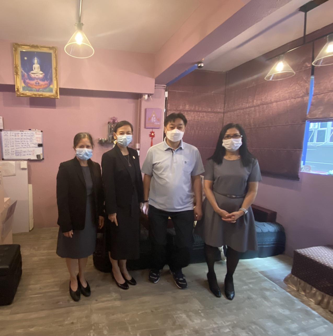 สำนักงานแรงงาน ณ เมืองฮ่องกง พบกับนายจ้างบริษัทThai Zone Limitedซึ่งประกอบธุรกิจร้านเสริมสวยและนวด (ขนาดเล็ก)เขตซิมซาจุ๋ย